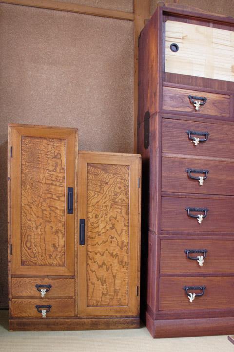修理後 ご両親の家具が並ぶ